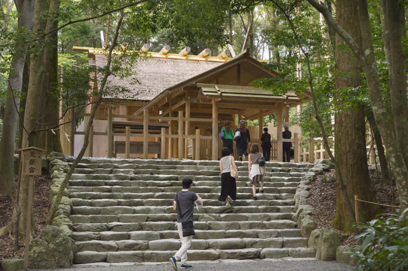 Tourists at Ise Shrine